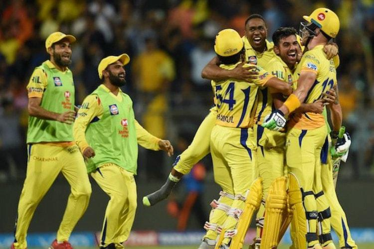 Faf du Plessis sees Chennai through to final in thrilling win over Sunrisers Hyd