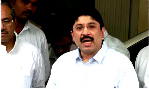 Supreme Court allows CBI to question Dayanidhi Maran says no to custodial interrogation
