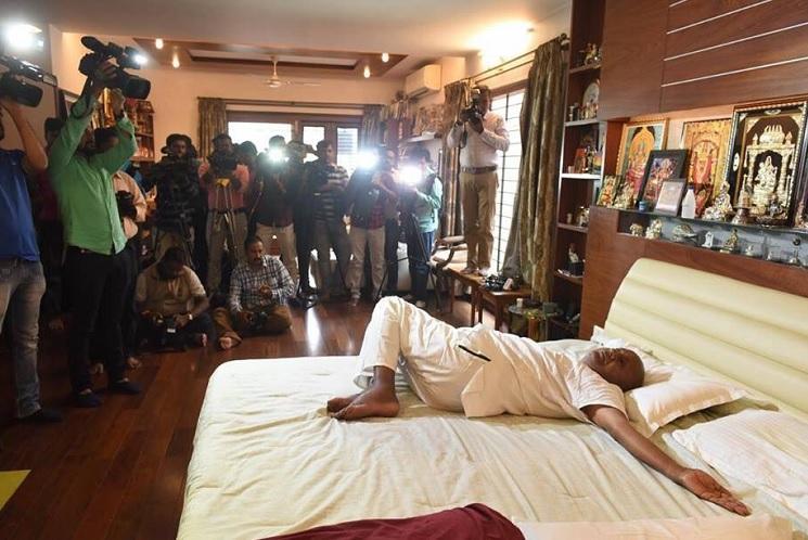 Bend it like Deve Gowda Social media floored by former PMs yoga poses