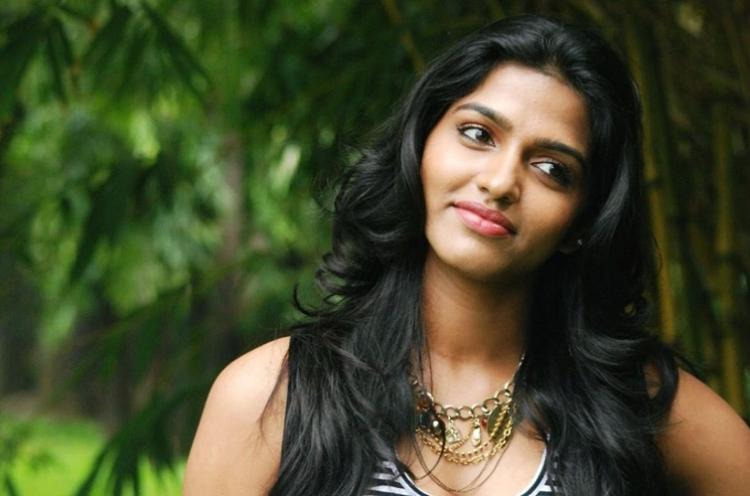 Watch Actor Dhansika handles the silambam like a boss