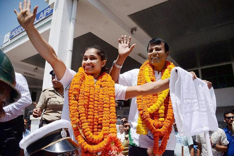 Tripura greets ace gymnast Dipa Karmakar with a grand reception