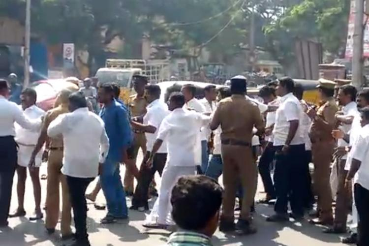 Journalists assaulted while protesting against Vijayakanth DMDK MLA and members arrested