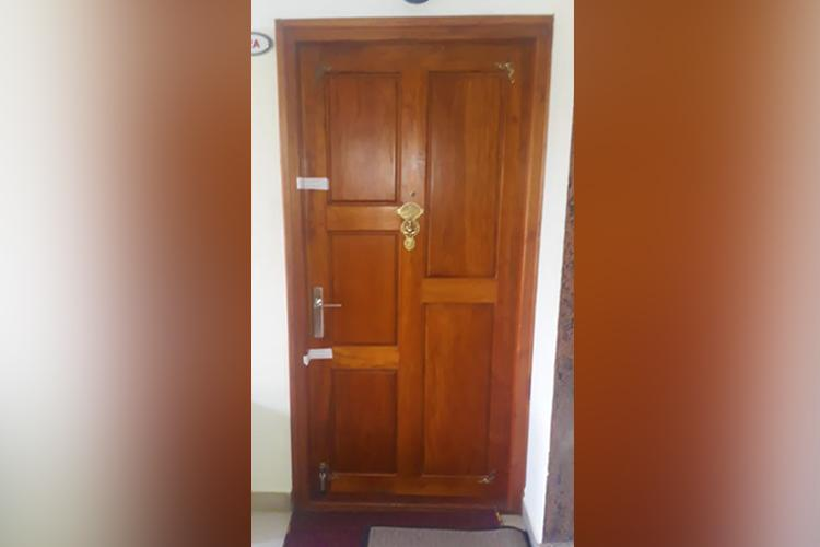 Kerala apartment ostracises NRI couple from Saudi seals door with tape