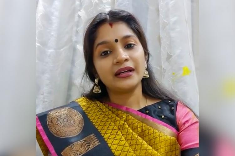 Dr Karthika Krishnamoorthy wearing yellow saree