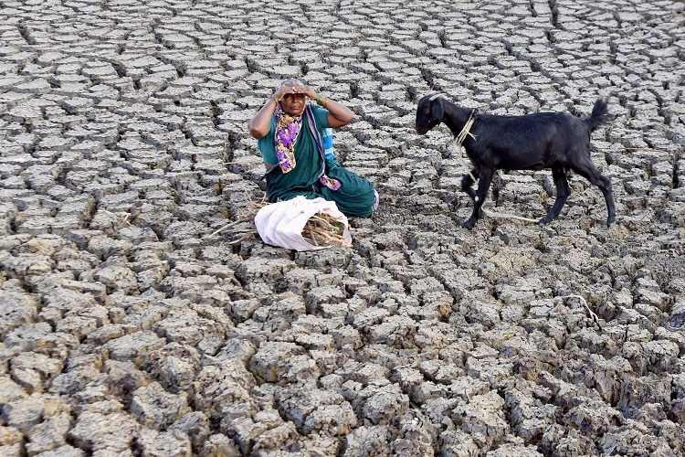 Indias wells are running dry fast and it needs to act now