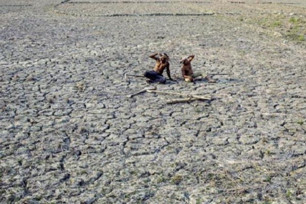 Karnataka Minister in denial says there is no drought only scarcity of water