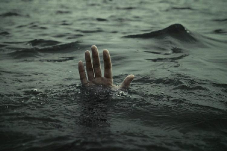 Two persons from Telangana drown at Australia beach one missing