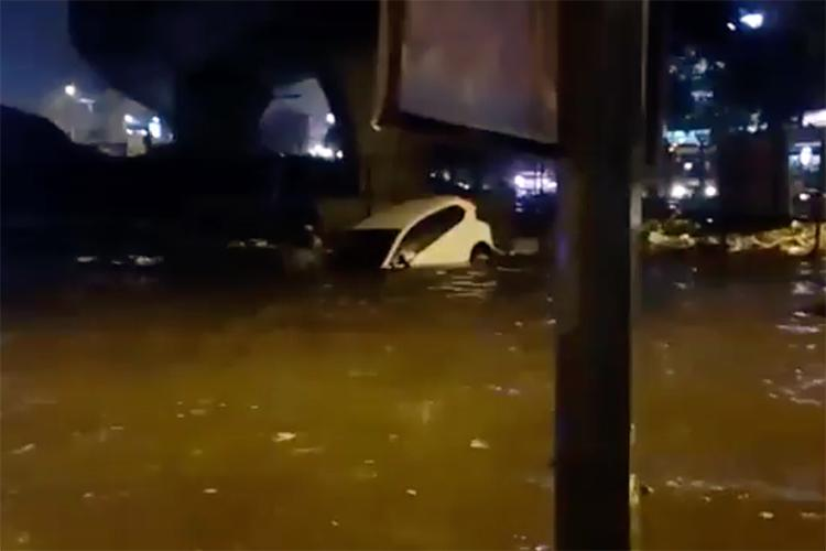 Watch Terrifying video shows Bengaluru woman trapped inside car on a flooded road