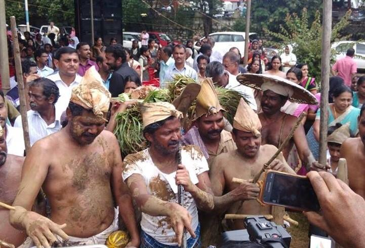 When a Kerala MLA turned up in farmers attire with mud smeared over his body