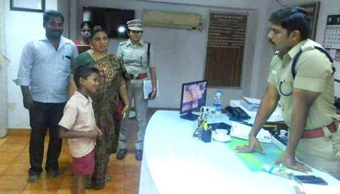 7-yr-old Erode boy rewarded for honesty after finding Rs 50000