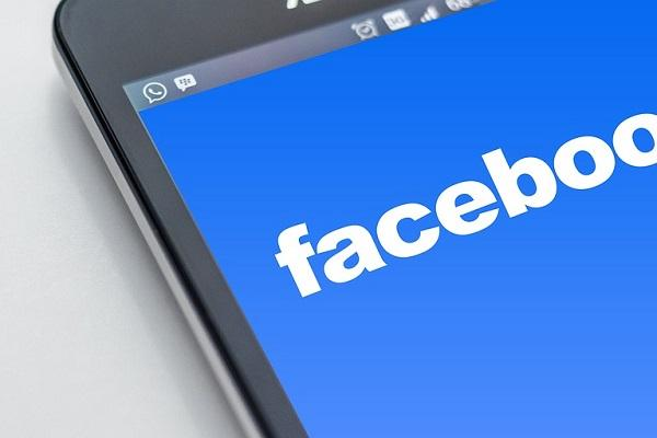Facebook unveils local news accelerator to help publishers boost digital subscriptions