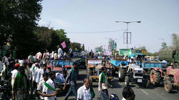 Why farmers have been blocking Bengalurus Mekhri circle for hours