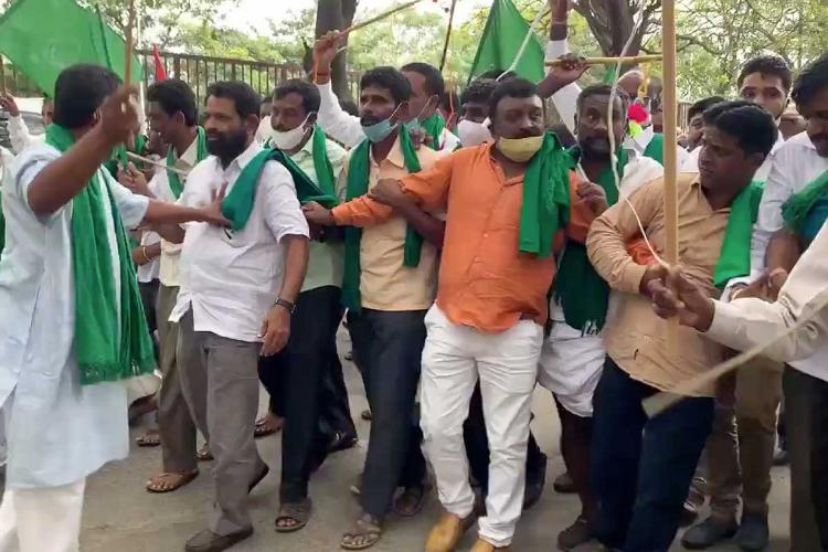 Farmers protest in Bengaluru a day after amendment to land reforms act passed