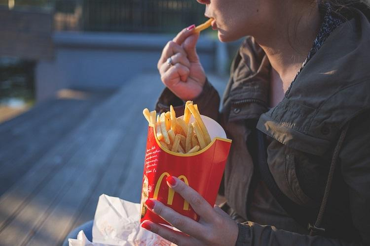 The World Health Minute 100 cases of swine flu in Maha fast food health risks rising in Asia