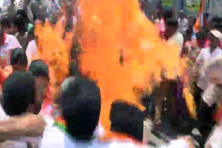 3 BJP workers injured while burning effigy of CM KCR in protest