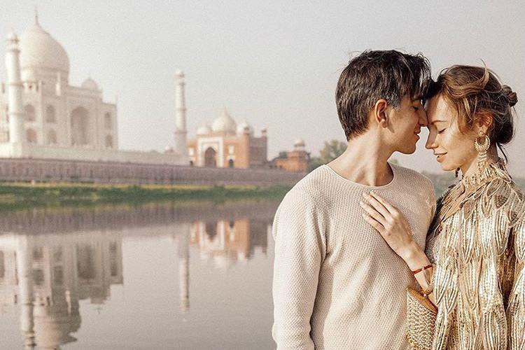 The FollowMeTo couple revisited India had a traditional wedding and shot some amazing photos