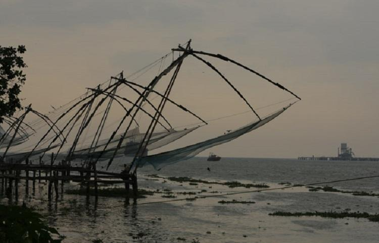 Bodies of young man and woman found floating in Fort Kochi lake their hands tied together