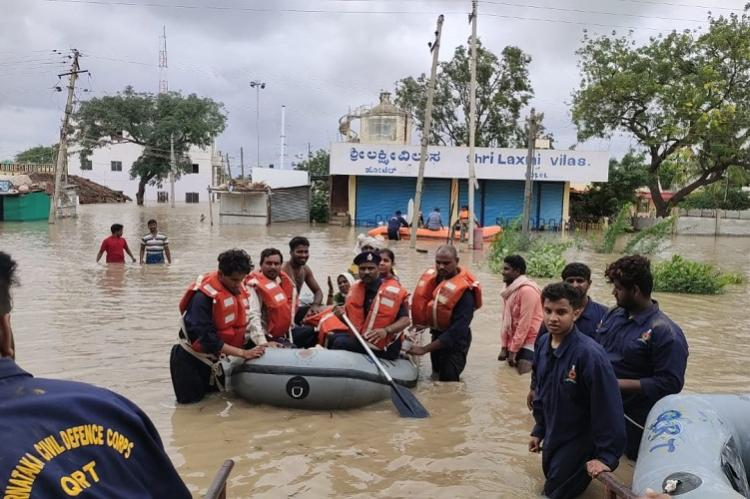Karnataka floods Death toll mounts to 54 rainfall continues in coastal areas