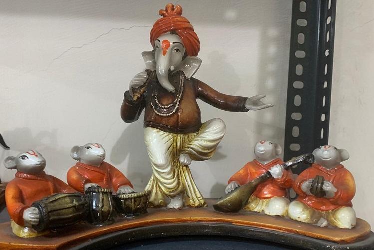Baahubali fitness freak delivery agent This Chennai woman has 3500 Ganesha idols