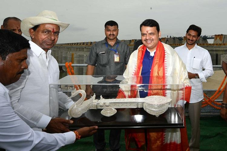 KCR spends Rs 166 crore public money on gifts for VIPs at Kaleshwaram inauguration