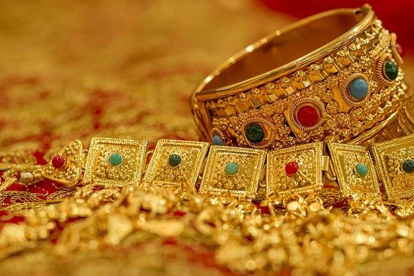 Can India S Jewellery Market Ever Thrive Online The News Minute