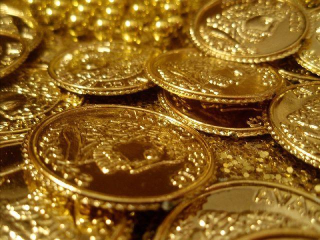 Gold rush at Kochis Chottanikkara temple raises suspicion I-T Dept issues notice