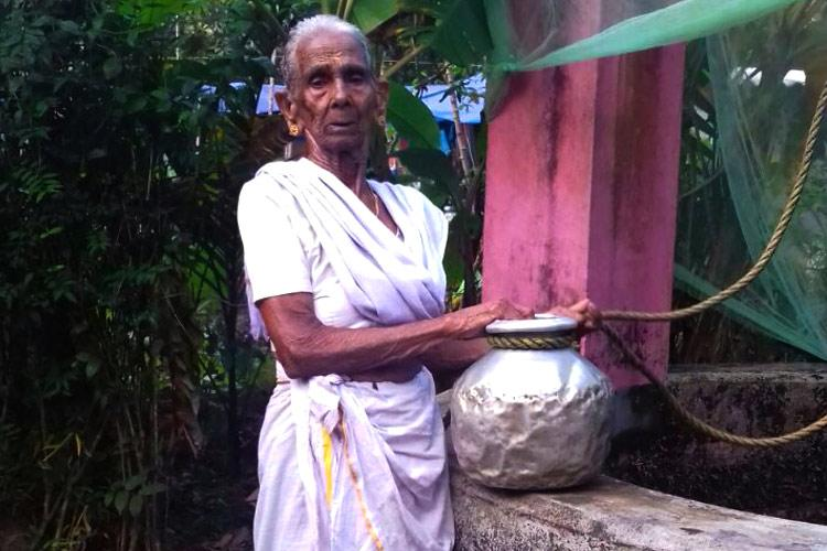 Wonder Woman Ammoomma 90-yr-old Kerala granny climbs down well to rescue coconuts