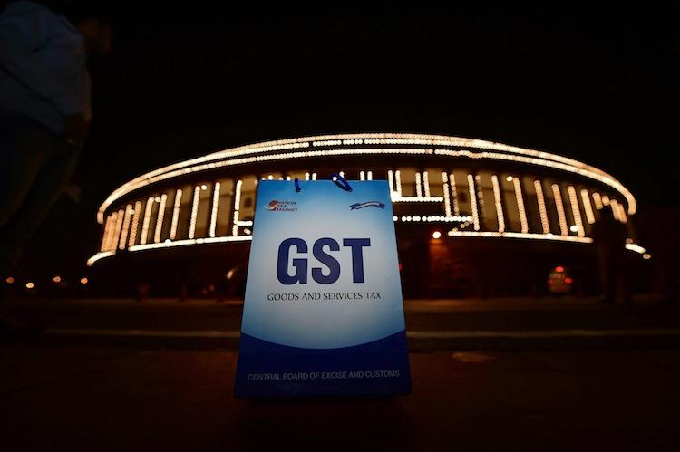 Government notifies dates for filing first GST returns