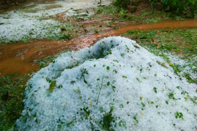 Worst hailstorm in 25 years hits Wayanad roads covered with thick ice for over 12 hours