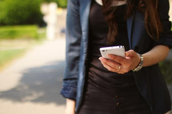 Smartphone users in India to use 11GB mobile data in a month by 2020 Ericsson study