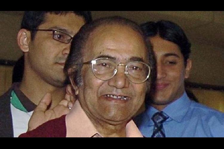 Cricketer Hanif Mohammad still alive clarifies misinformed son