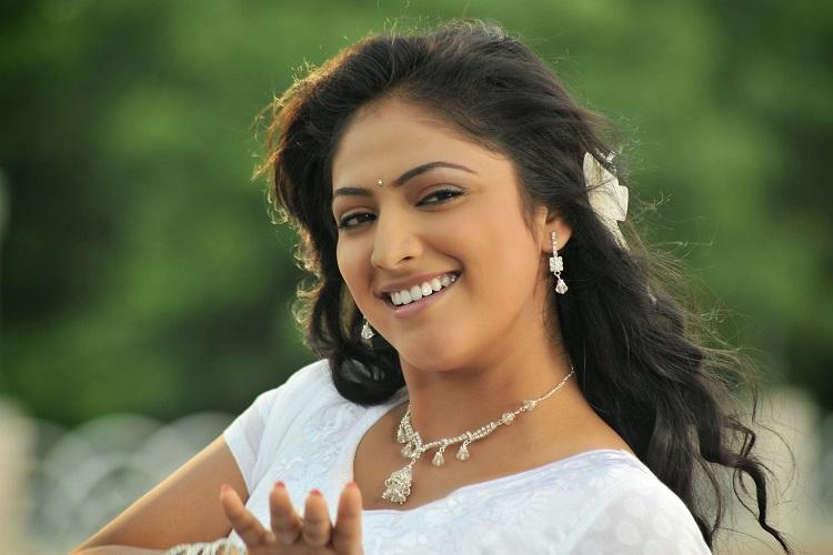 Hariprriya roped in for Kannada remake of Kappal