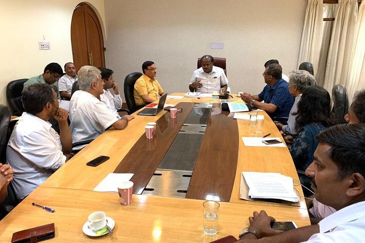 After protests Karnataka CM Kumaraswamy meets activists opposing elevated corridor