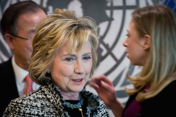 Hillary Clinton accepts historic Democratic presidential nomination