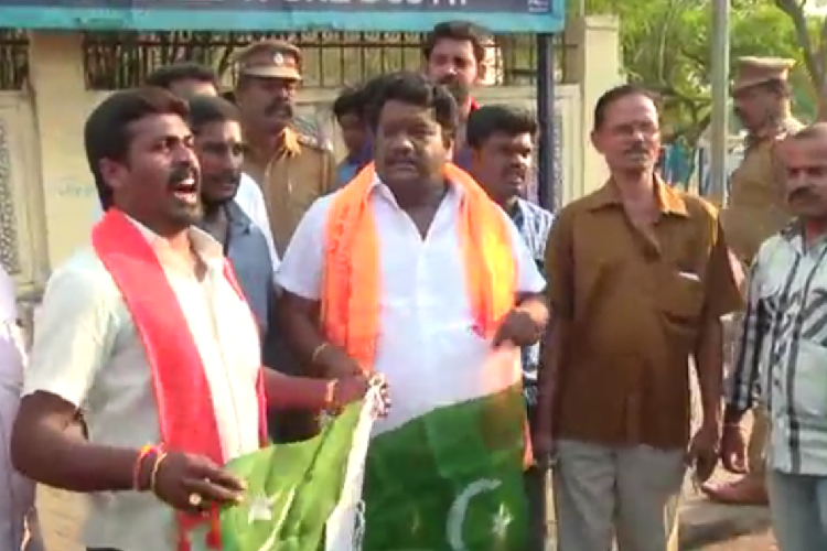9 members of Hindu Makkal Katchi arrested in TN for attempting to burn Pakistan flag