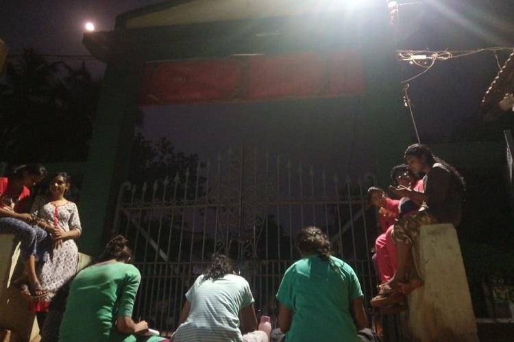 After week-long protests Kerala students win fight to extend womens hostel curfew