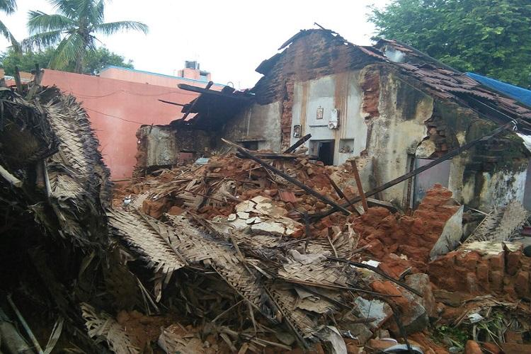 TN rain tragedy Five of family die after house collapses in Krishnagiri