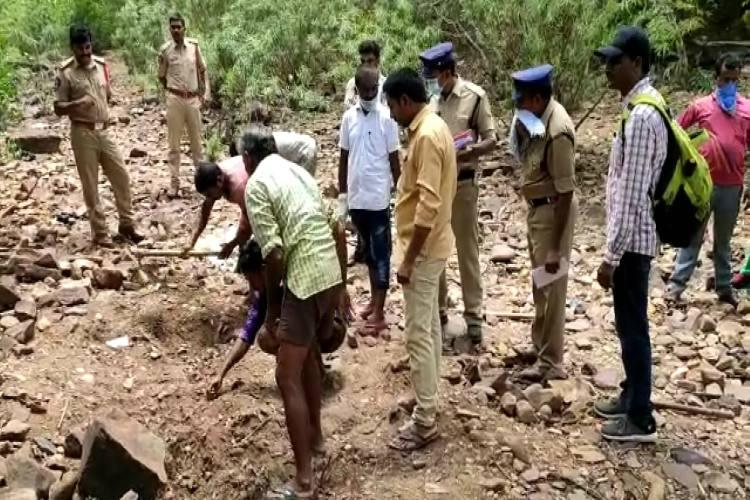 Unidentified body found in Andhra Pradesh cops suspect human sacrifice