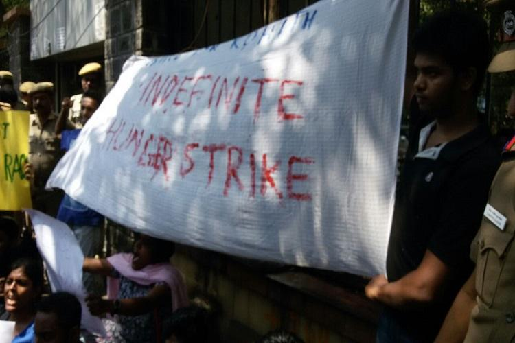 15 Chennai students detained for protesting in support of HCU students
