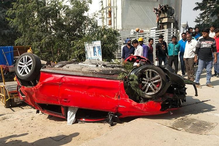 Biodiversity flyover mishap Hyderabad Mayor gives Rs 5 lakh ex-gratia to kin of woman