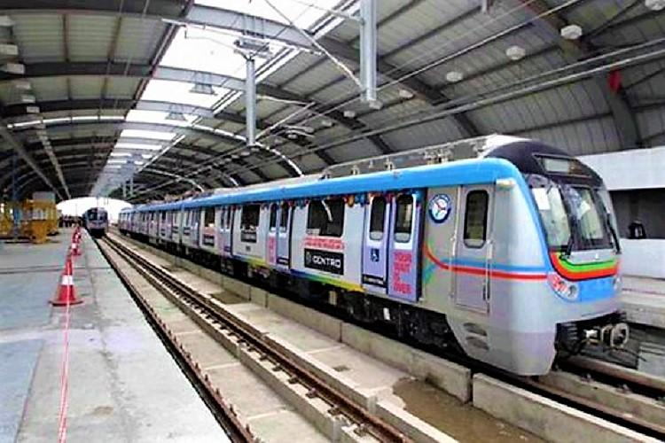 Hyderabad Metro Rail Construction of first phase to be finished by October 15