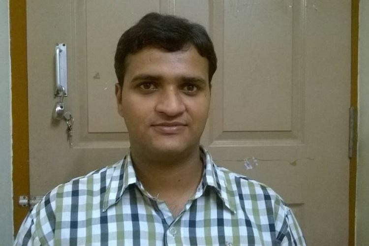 Even with a PhD from IIT Madras this visually impaired scientist cant get the job he deserves