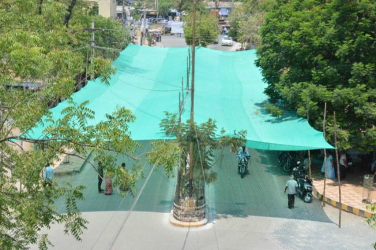 Welcome relief from the heat for Kurnool bikers Canopies set up at traffic lights