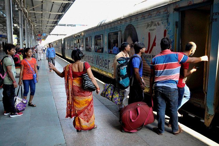 Railway cuts sleep hours in trains