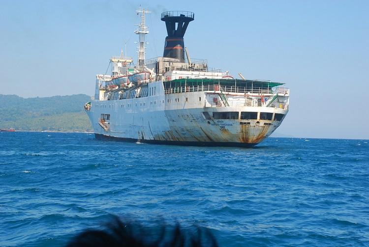506 passengers left stranded at sea on board ship off Vizag