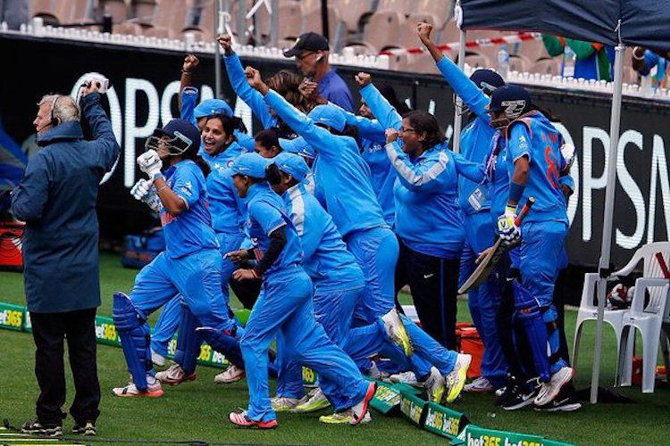 Watch Indias womens ODI team pulls off a thriller against SA in final of WC qualifier