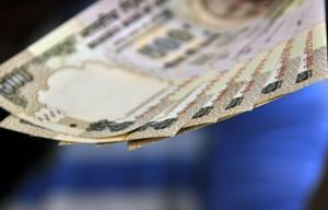 Centre to provide another Rs 1976 cr as special allowance to Andhra