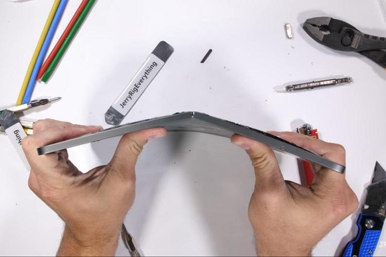 Apples new iPad Pro prone to bending and breaking easily Report