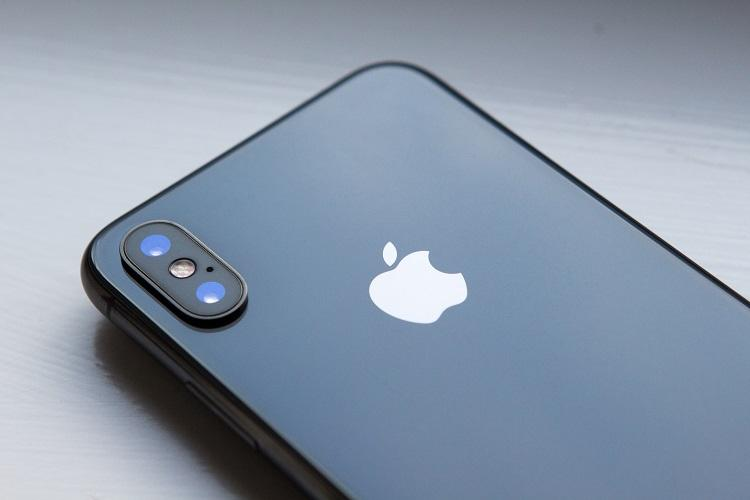 Apple may unveil new iPhones on September 12