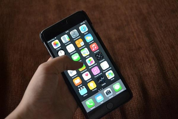 Apple open to legal action against TRAI over DND app issue